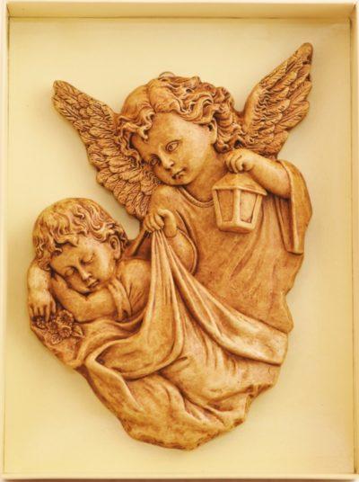 Anioł stróż - relief