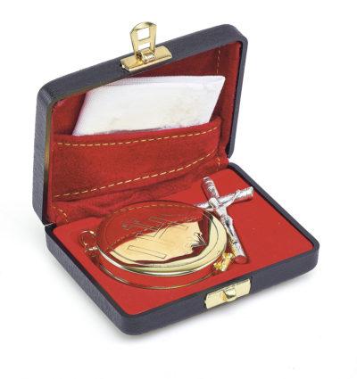 Bursa z wyposażeniem liturgicznym