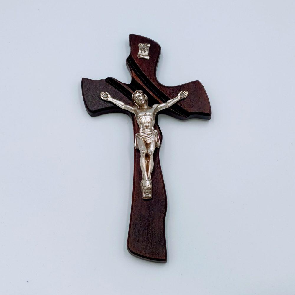Krzyż drewniany