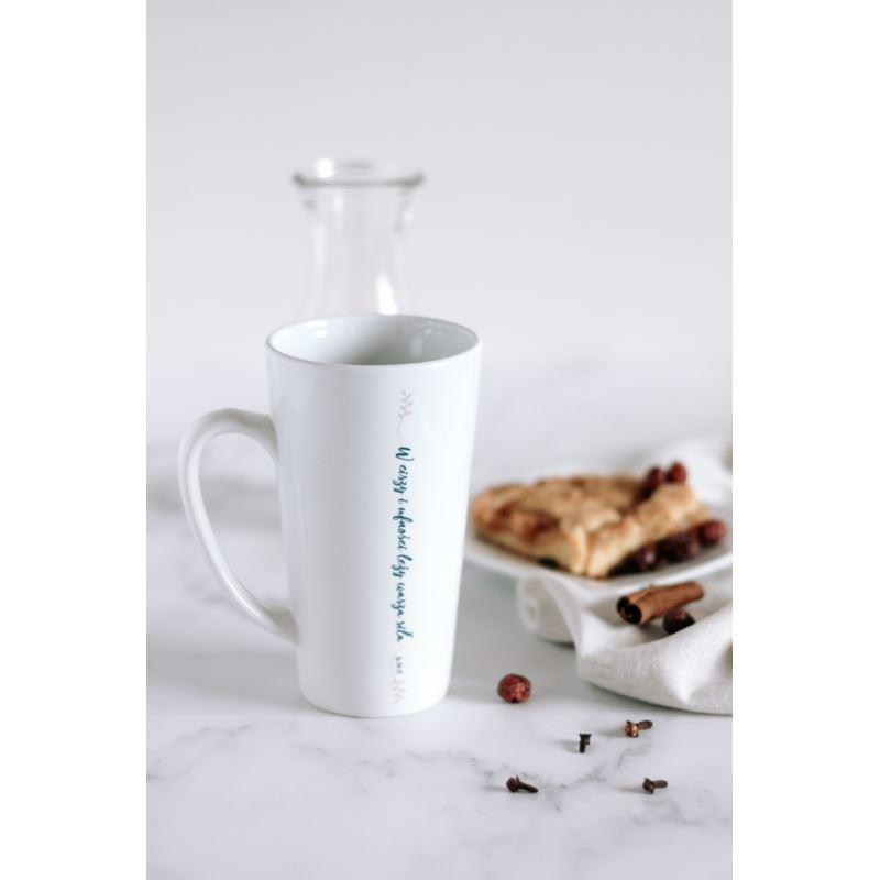 Kubek latte - W ciszy i ufności